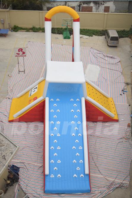 Commercial Grade Water Sports Inflatables Jumping Tower For Lake