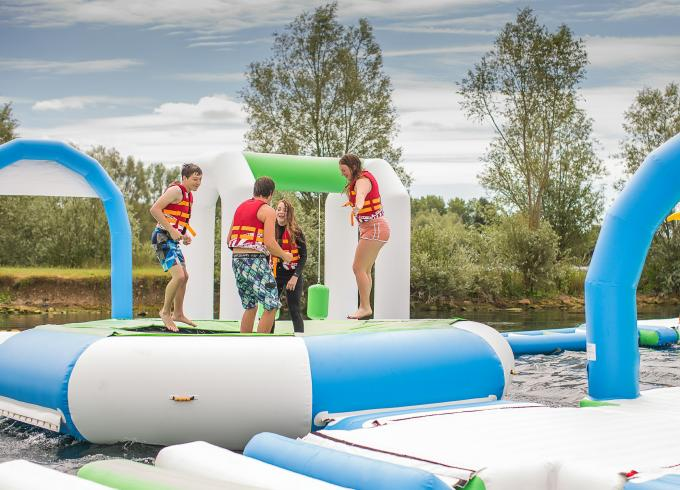 Oxford Inflatable Aqua Fun Park / Customized Inflatable Water Park Games For Lake