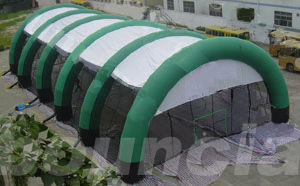 China Constant Air Inflatable Paintball Arena With Durable Nylon For Commercial Use factory
