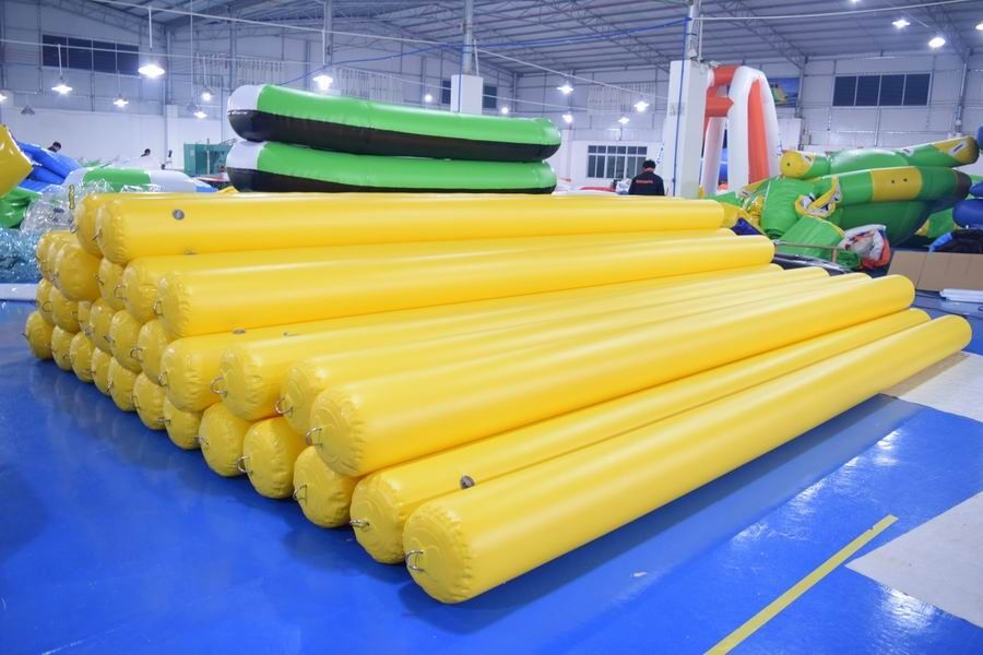 4.5m Long Inflatable Swim Buoy For Pool / Inflatable Tube With Anchor Ring supplier