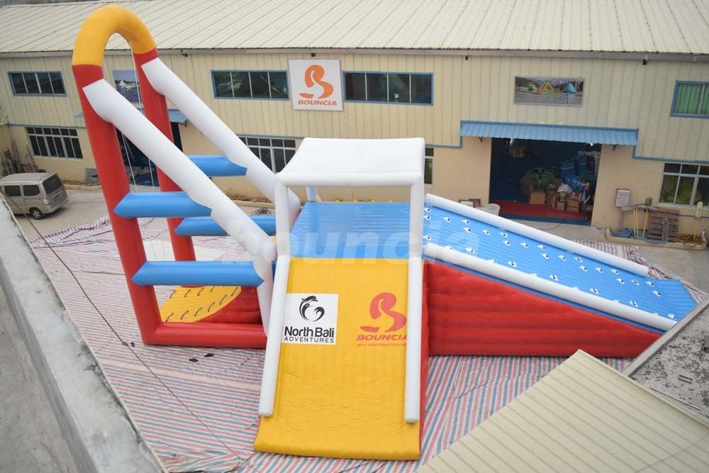 Commercial Grade Water Sports Inflatables Jumping Tower For Lake supplier