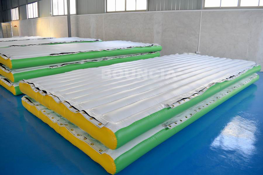 0.9mm PVC Tarpaulin Inflatable Water Floating Platform For Water Park supplier