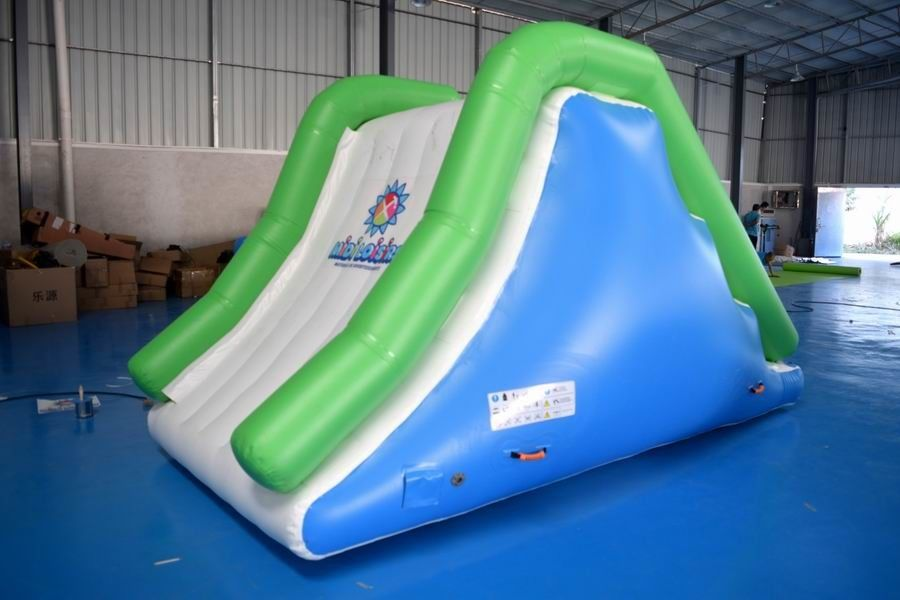 New Inflatable Floating Water Slide For Water Games supplier
