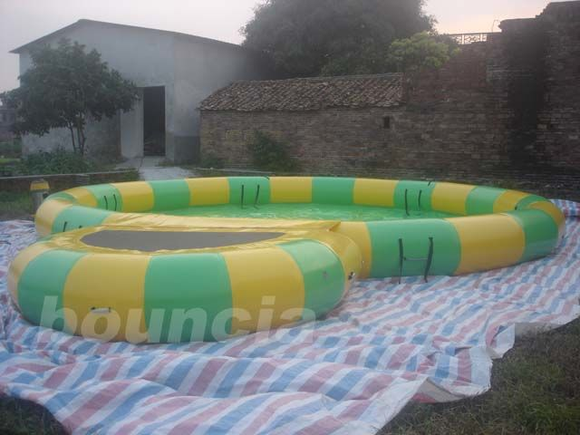Round Inflatable Water Pool With Platform Foe Water Roller supplier