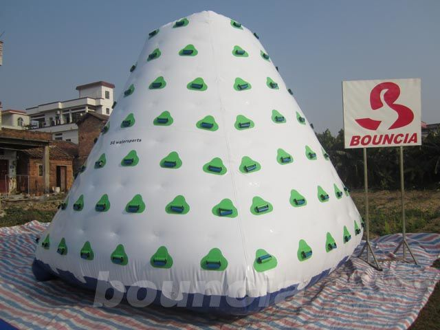 Outdoor Commercial Grade PVC Tarpaulin Inflatable Iceberg For Water Park supplier