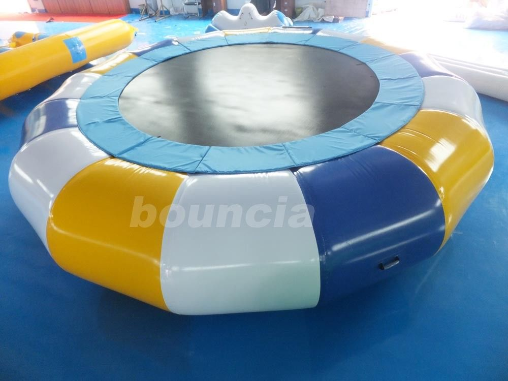 Commercial Grade And Durable Round Inflatable Water Trampoline supplier