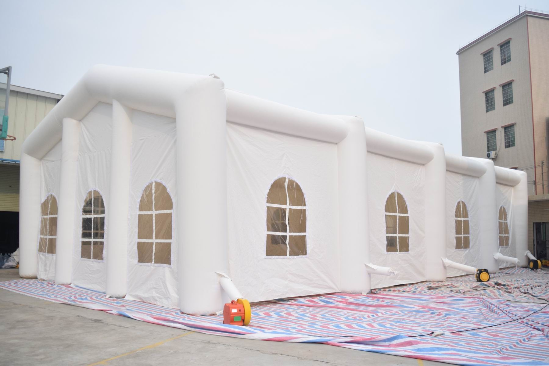 & White Color 6m High Inflatable Tent Inflatable Wedding Tent
